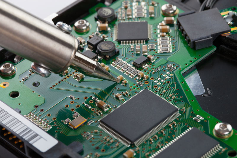 Our Thru-hole assembly is a mixture of selective soldering equipment, highly skilled employees for manual part placement, soldering, and wave soldering.